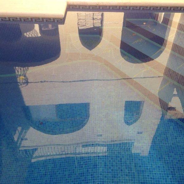 pool-spiegel